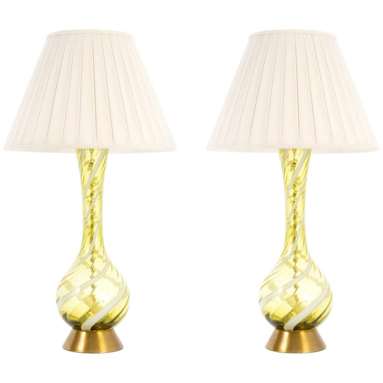 Pair of Murano Midcentury Swirl Glass and Brass Table Lamps For Sale