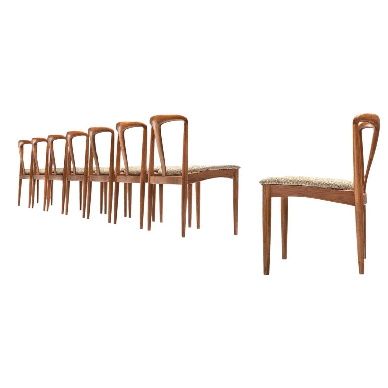 Johannes Andersen 'Juliane' Set of Eight Dining Chairs in Teak For Sale