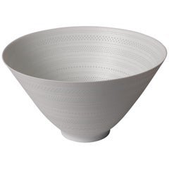 White Porcelain Luminescent Vessel