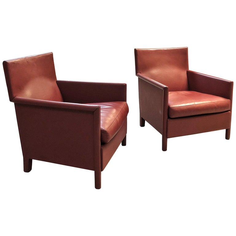 Molteni & C Red Leather Pair of Lounge Chairs For Sale