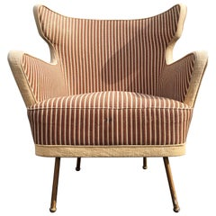 Beautiful Lounge Chairs in the Style of Gio Ponti