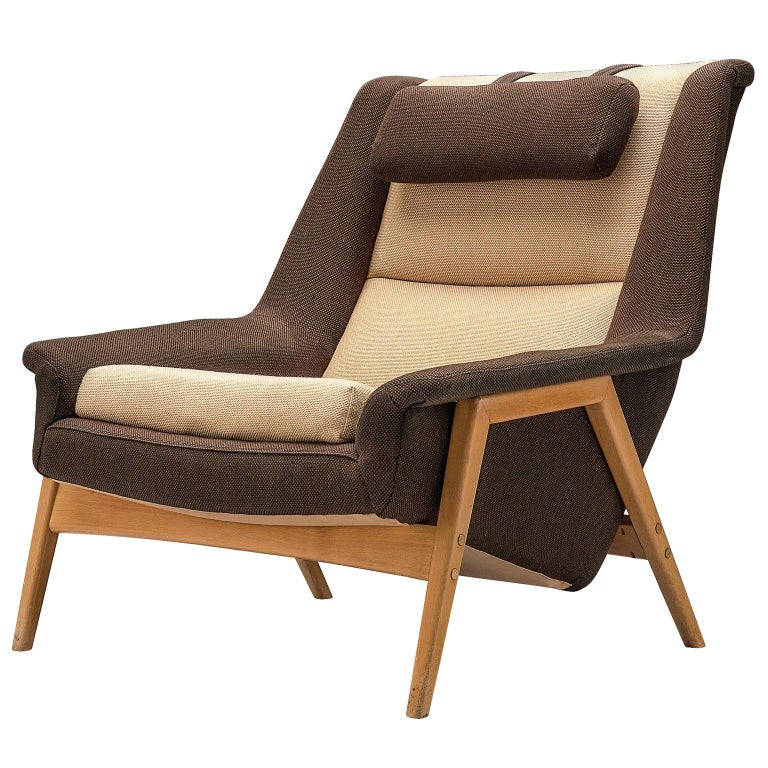 Folke Ohlsson for Fritz Hansen Lounge Chair in Fabric For Sale