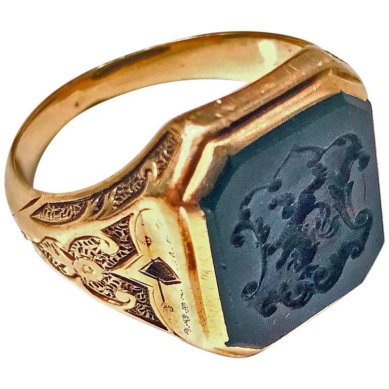 Antique 18-Karat Bloodstone Signet Ring, circa 1880 For Sale
