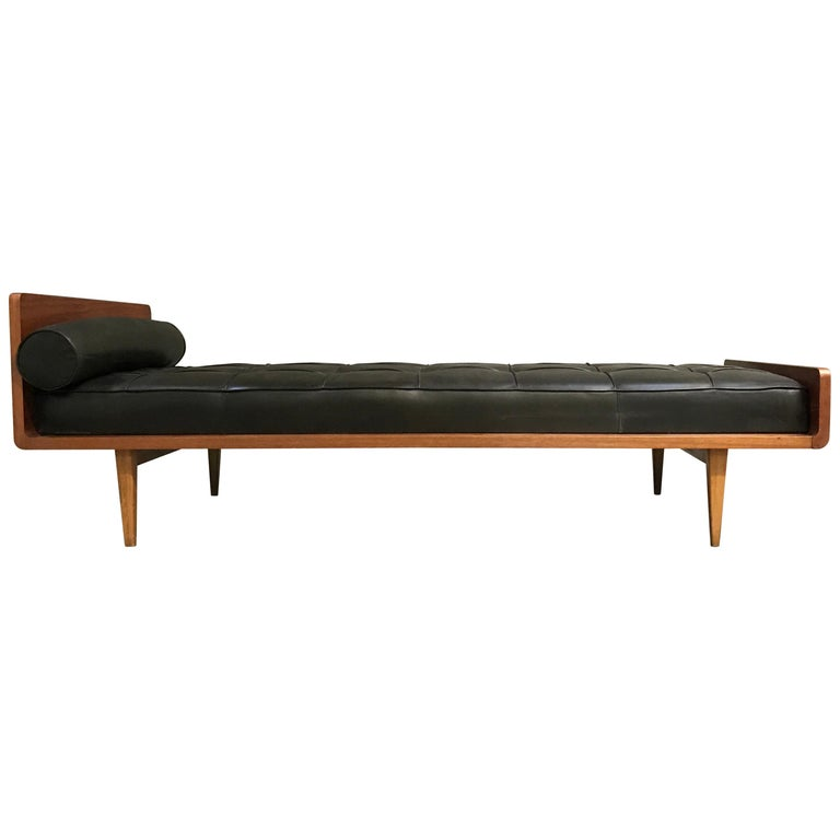 A.R.P Leather Daybed for Minvielle For Sale