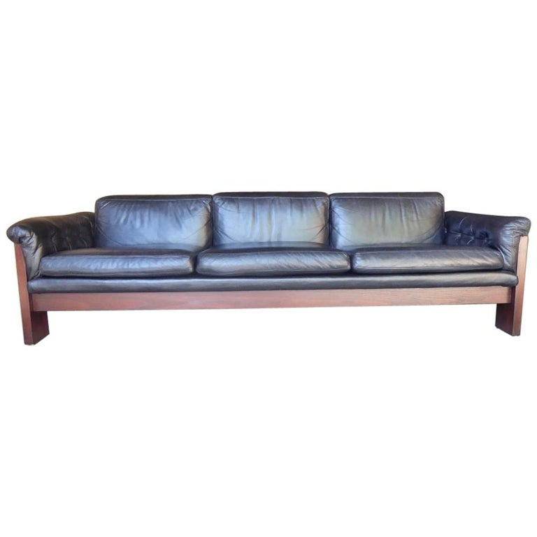 Black Leather and Rosewood Sofa by Milo Baughman for Thayer Coggin, circa 1970s For Sale