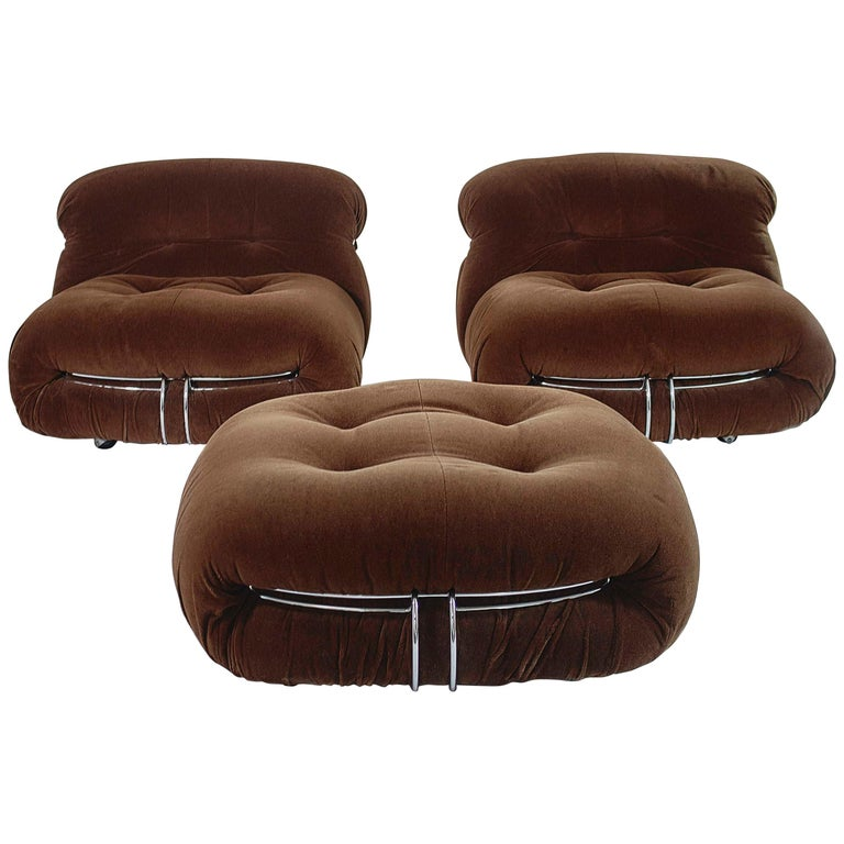 Tobia Scarpa Pair of Soriana Lounge Chairs and Ottoman, Cassina, Italy, 1970 For Sale