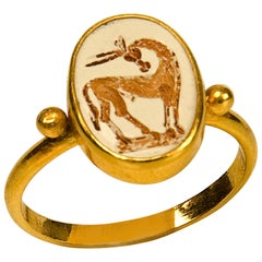Ring, after Antique Roman Models, Gold '22-Karat', 20th Century
