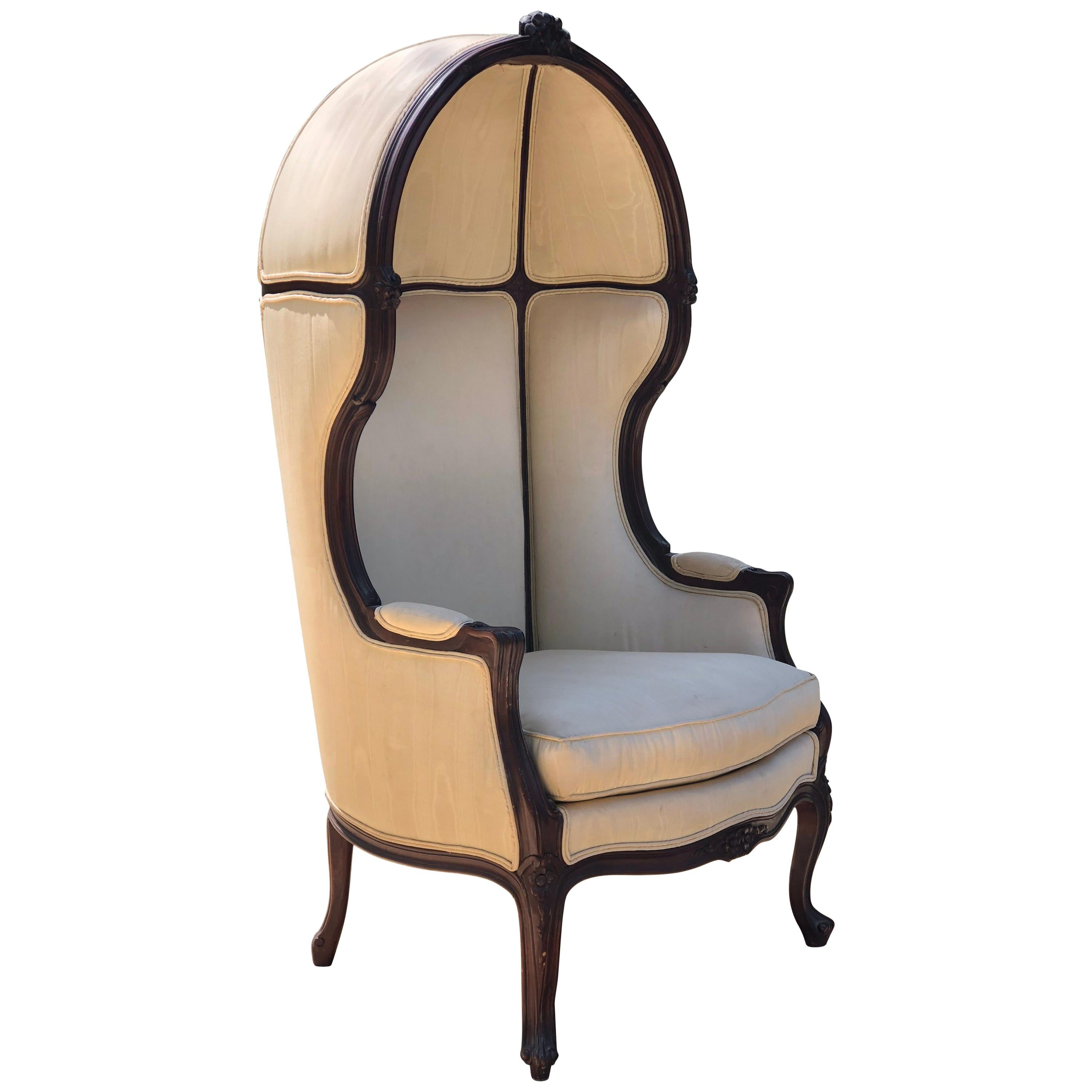 Early 20th Century Louis XV Style Porter's Chair of Walnut