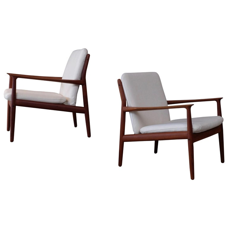 Pair of Svend Aage Eriksen Easy Chairs, Denmark, 1960s For Sale