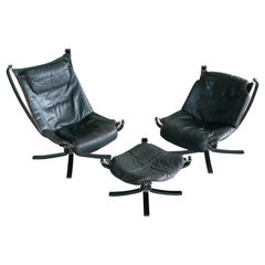Pair of Vatne Falcon Lounge Chairs with Ottoman in Black Leather and Red Piping