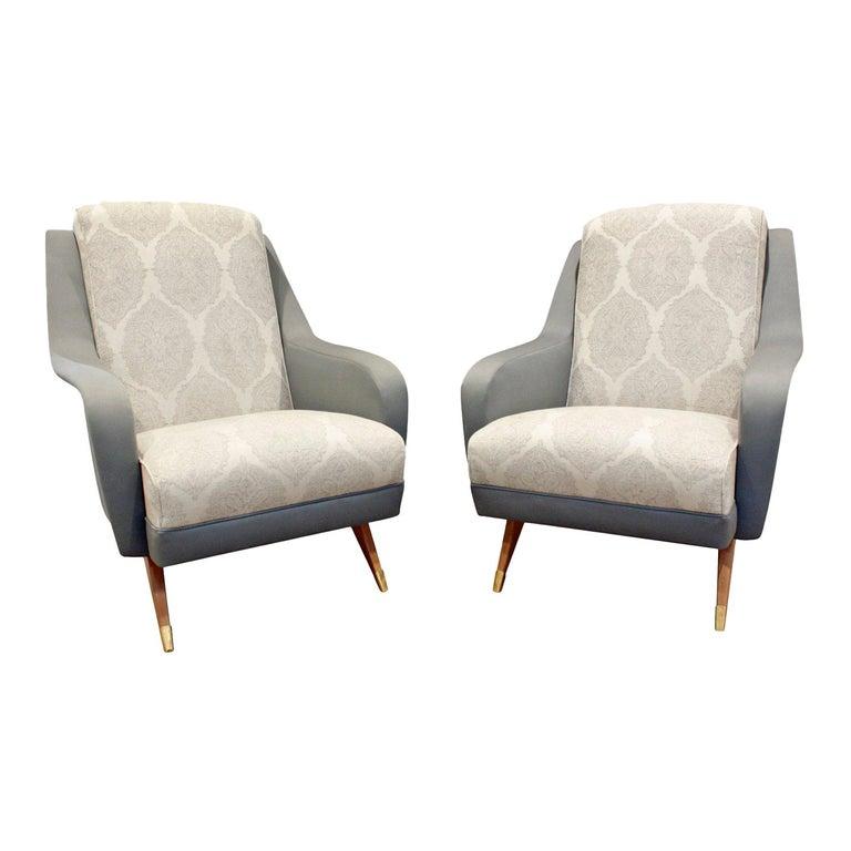 Pair of Sleek Italian Lounge Chairs, 1950s For Sale