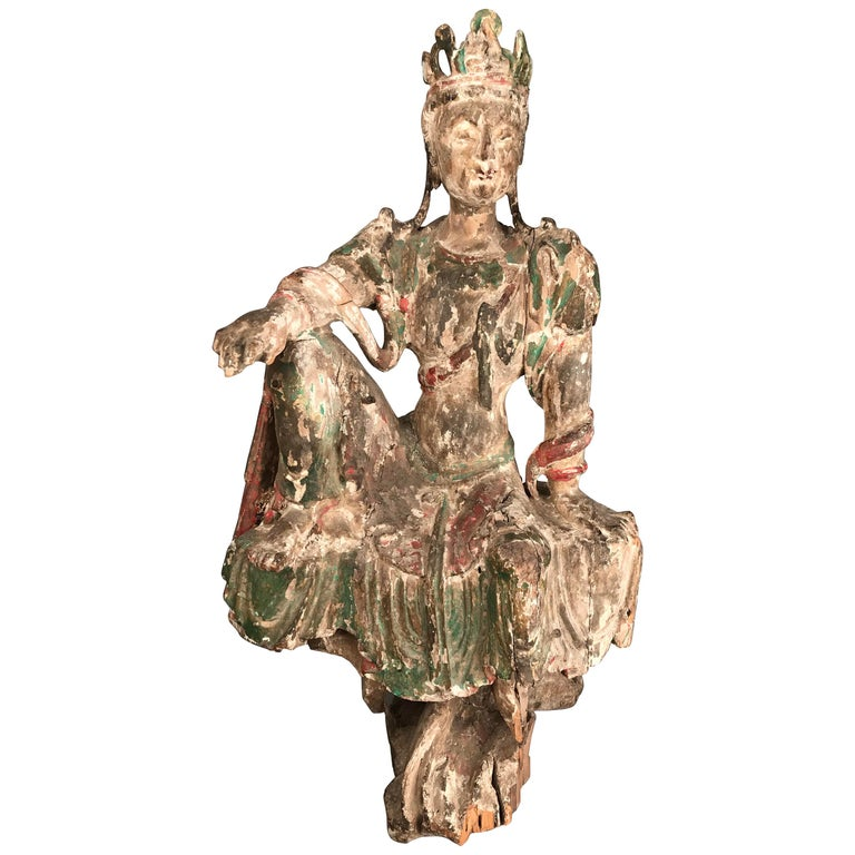Chinese Guan Yin figure Early Ming Dynasty For Sale