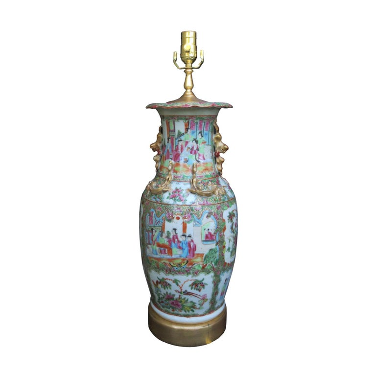 19th Century Rose Medallion Porcelain Lamp, Giltwood Base For Sale