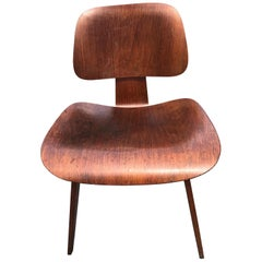 """Charles and Ray Eames for Herman Miller Dcw """"Dining Chair"""" Walnut 1950"""