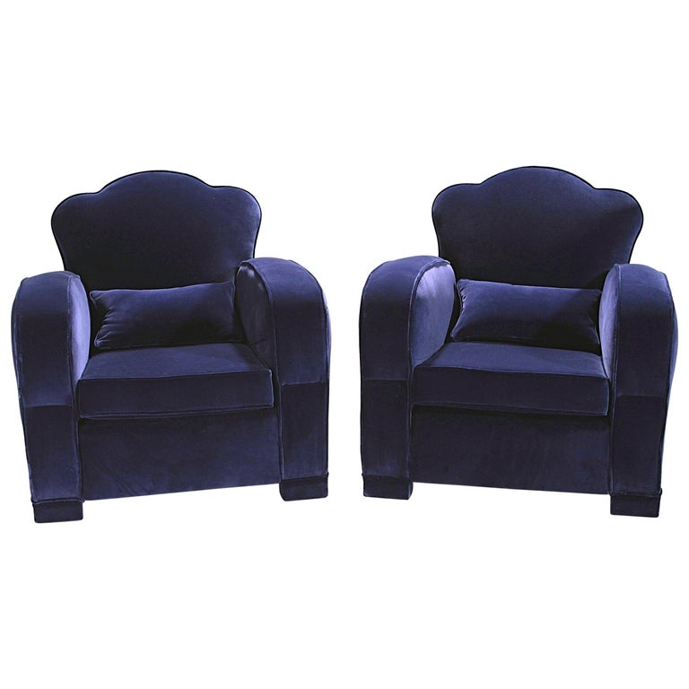 Pair of French Art Deco Velvet Club Armchairs, 1940s For Sale