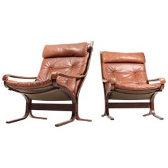Pair of Midcentury Lounge Chairs in Leather by Ingmar Relling