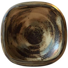 Danish Modern Stoneware Dish by Bode Willumsen for Royal Copenhagen