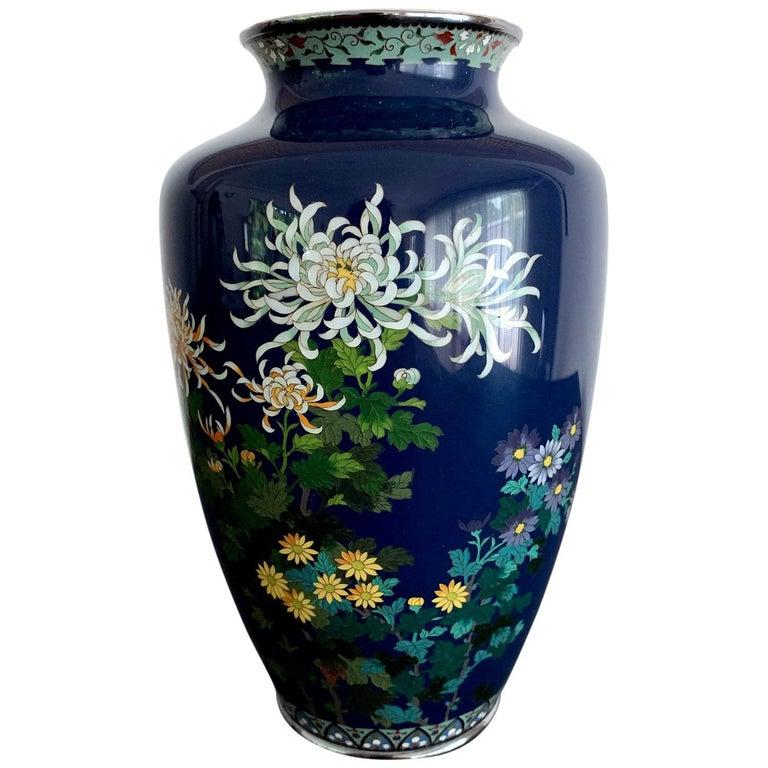 Fine Japanese Cloisonne Vase by Hayashi Kodenji For Sale