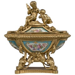 Fine Louis XV Style Gilt-Bronze and Sèvres Style Porcelain Inkwell, circa 1890