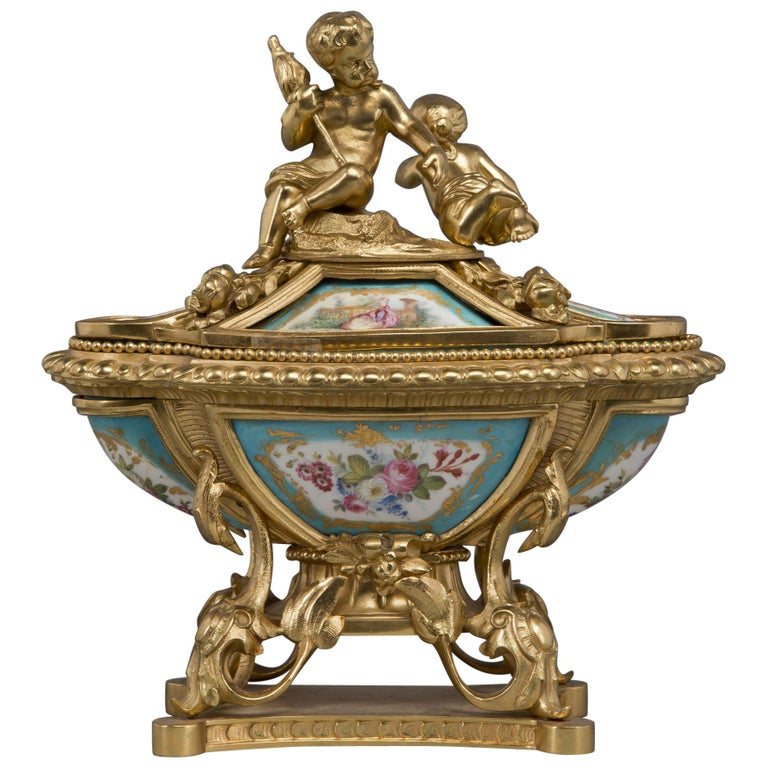 Fine Louis XV Style Gilt-Bronze and Sèvres Style Porcelain Inkwell, circa 1890 For Sale