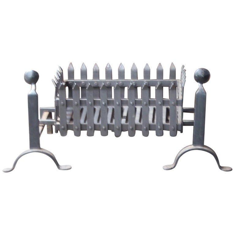 English Victorian Style Fireplace Grate, Fire Grate For Sale