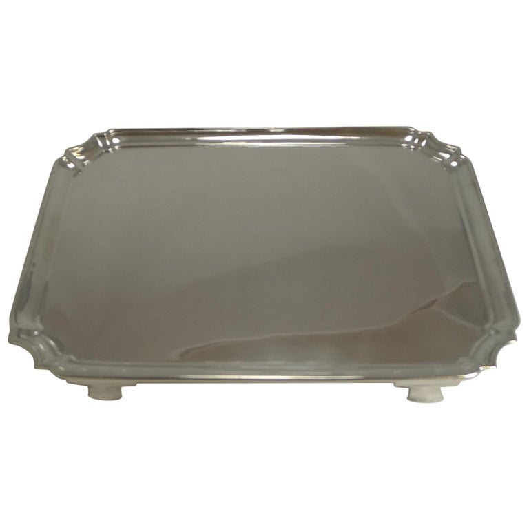 Smart Antique English Sterling Silver Serving / Cocktail Tray, 1903 For Sale