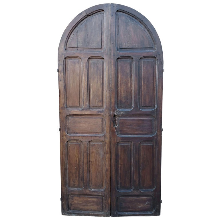 Double Panel Arched Moroccan Wooden Door, 23ND34 For Sale