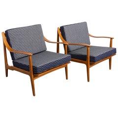 Pair of Mid-Century Modern Danish Modern Lounge Chairs