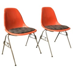 1950 Ray & Charles Eames Herman Miller 2 DSS Fiberglass Stacking Chairs & Pillow