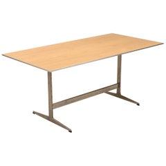 Shaker Table in Walnut by Arne Jacobsen