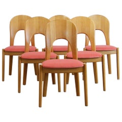 Set of 6 Dining chairs by Niels Koefoed in Oak and Pink Velvet