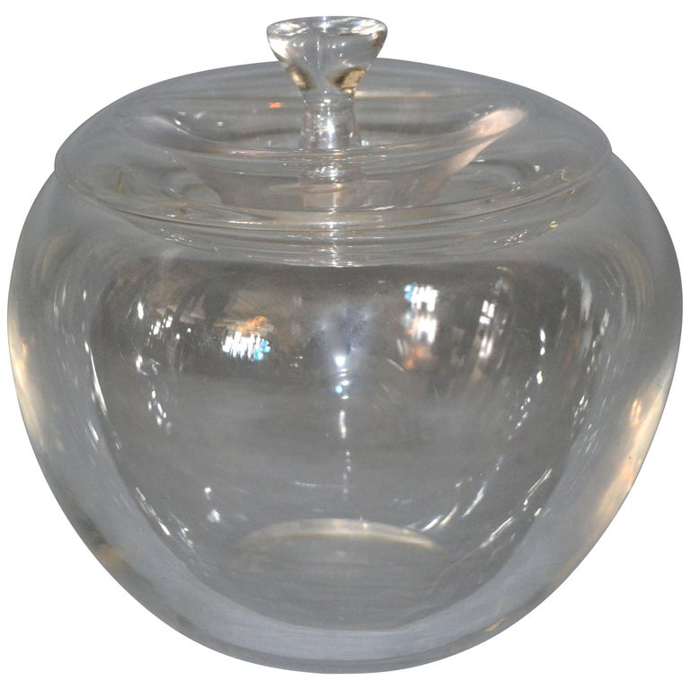Vintage Crystal Clear Art Glass Apple by Elsa Peretti for Tiffany & Co. For Sale