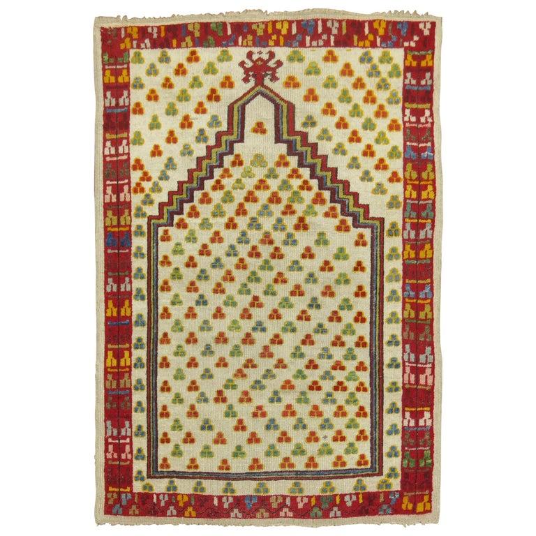 Antique Turkish Ghiordes Prayer Rug For Sale