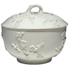 St. Cloud Porcelain Prunus Covered Bowl or Tureen & Cover, French, circa 1730