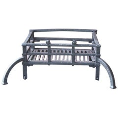 18th Century English Georgian Fireplace Grate or Fire Basket
