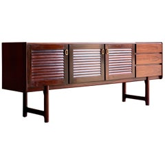 Midcentury A. H. McIntosh & Co. of Kirkcaldy Rosewood Sideboard Credenza, 1970s