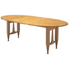 Guillerme et Chambron Extendable Dining Table in Solid Oak