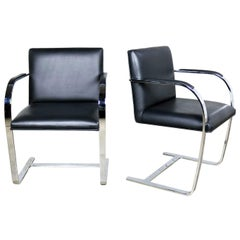 Black Leather Flat Bar Brno Chairs by Mies Van Der Rohe & Lilly Reich by Gordon