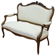 19th Century French Hand Carved Walnut Canapé in Louis XV Style Silk Upholstery