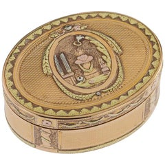 Antique 18th Century French 18-Karat Three-Color Gold Snuff Box, circa 1770