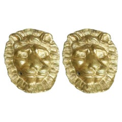Italian Pair of Gilded Lion Head Sculptures 19th Century Pair of Italian Masks