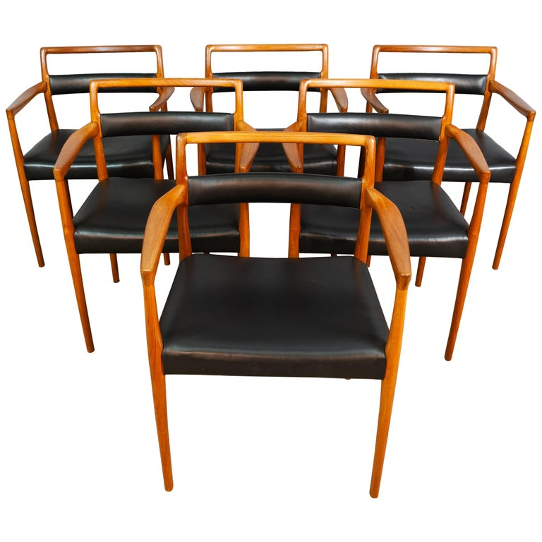 Set of 6 OD70 Kai Kristiansen Teak and Leather Carver Dining Chairs for Oddense For Sale