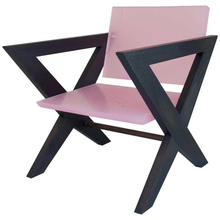 Contemporary Pink Resin Chair, Inspired by Pierre Jeanneret For Sale