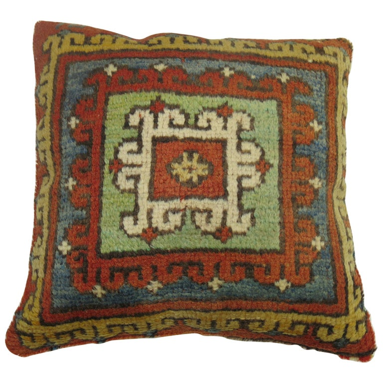 Bergama Rug Pillow For Sale