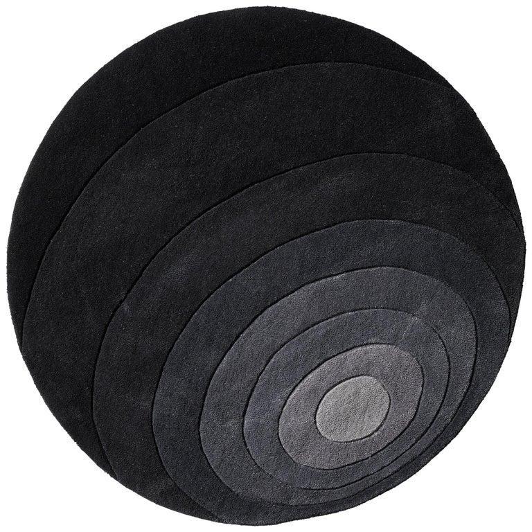 Luna Hand-Tufted Rug in Dark Gray by Verner Panton For Sale