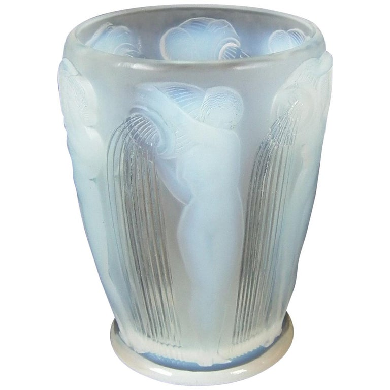 René Lalique Opalescent Glass 'Danaides' Vase For Sale