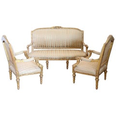 20th Century Italian Louis XVI Style Gilded Wood Living Room Set or Salon Suite