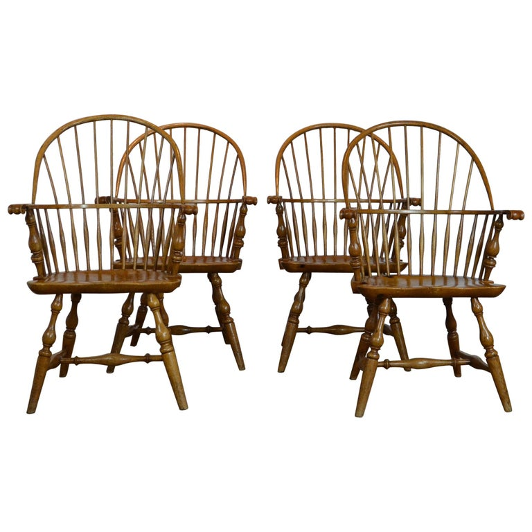 Windsor Chairs  by  Rennick Furniture  For Sale