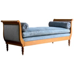 Antique Austrian Biedermeier Style Day Bed Chaise Longue, circa 1910
