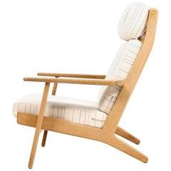 Danish Midcentury Lounge Chair in Oak by Hans J. Wegner